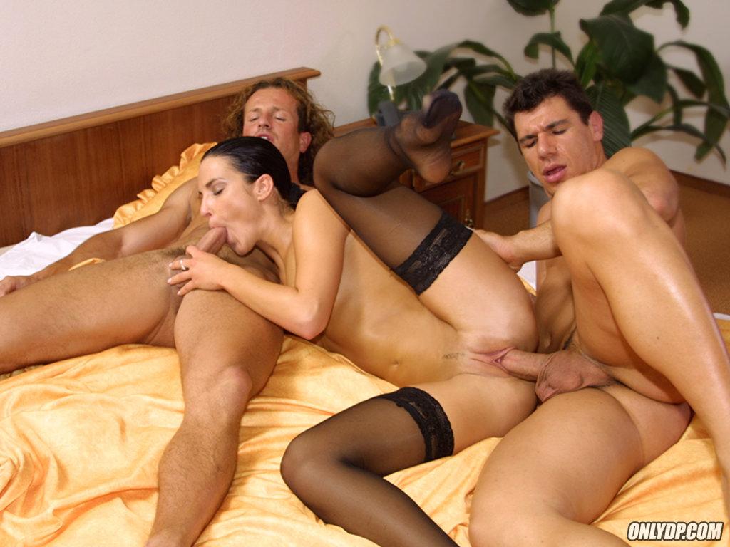 Экстремальный секс с горилой 18 фотография