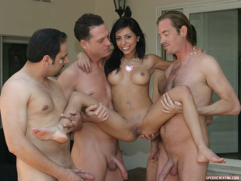 naked men sucking cocks