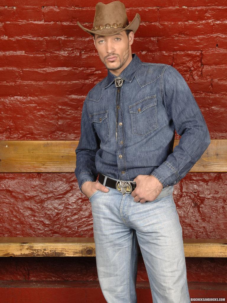 1 Heat cowboy Allan Parkers