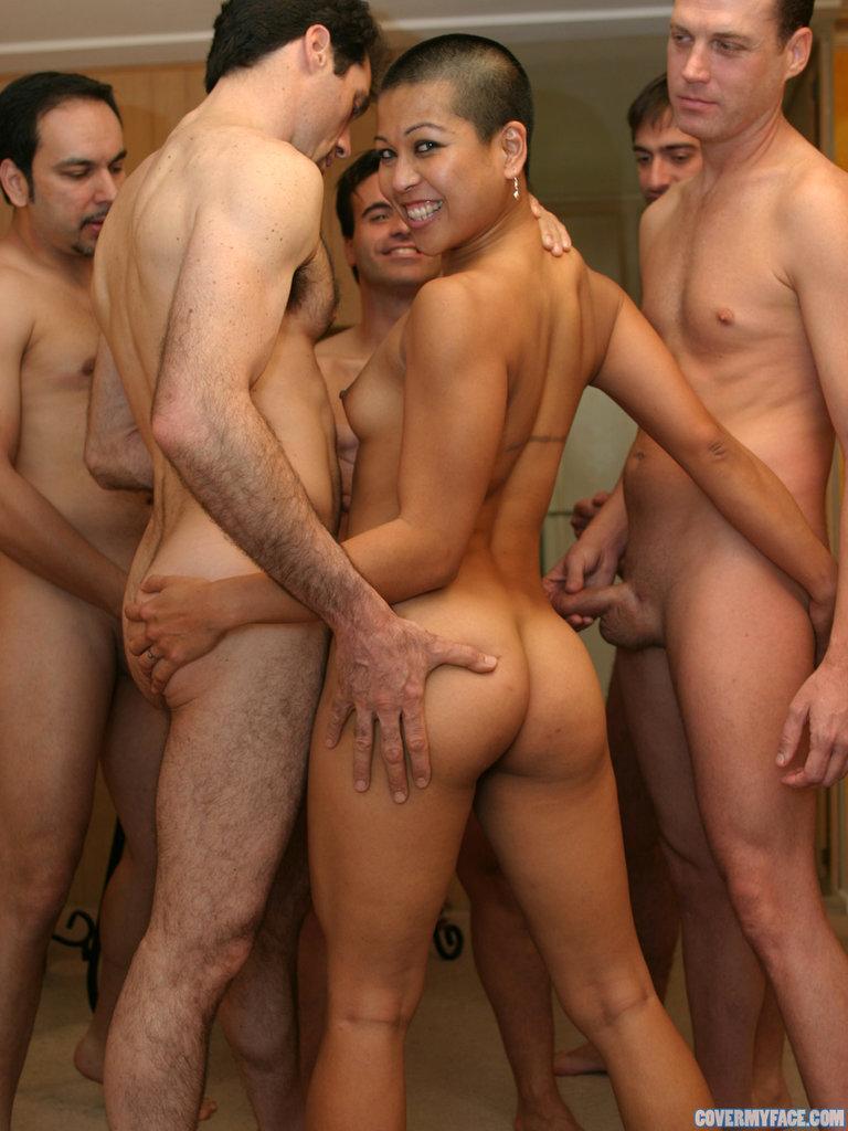 порно видео онлайн толпа мужиков
