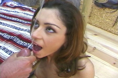 Facial loving brunette pornstar Luna and Peter North