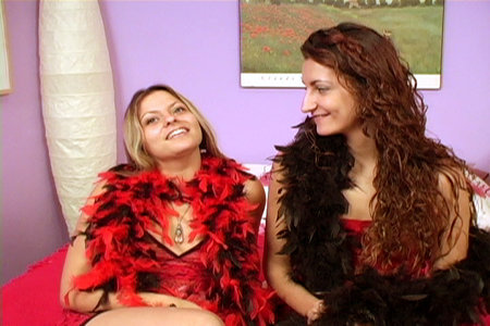 Hardcore Lesbian sex video clips featuring French babes Emmanuelle and Sophia