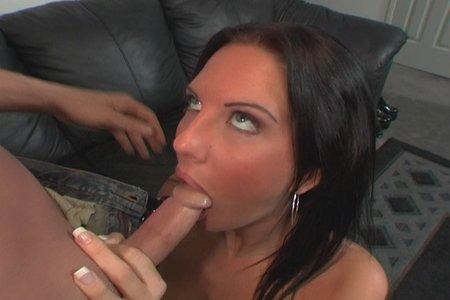 Hardcore pornstar nymphet Destiny St.Clair fucking on camera