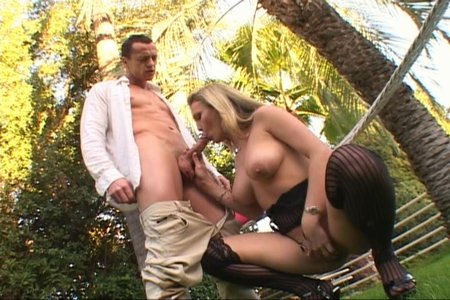 Blonde pornstar nympho Harmony sucks and gets nailed hard from Lex Steele