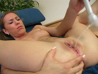 Bubbly colbie orgasm nice job
