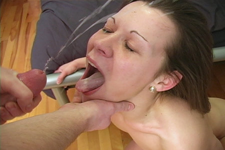 Amateur Teen Jenny G. In Hardcore Fuck Videos