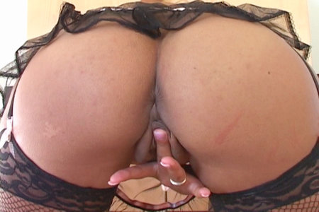 Amazing Mya Lovely plays with herself on clubVanessaBlue