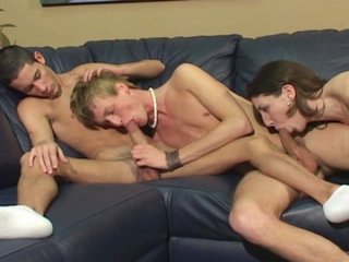 Bisexual Porn : Brunette fucks bisexuals for fun in these clips!