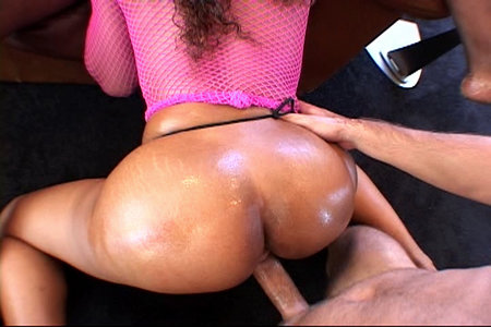 Don Picone found himself nice dark pussy for fucking