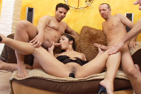 Sexy Leah Jaye becomes a real dick blowing freak from Cover My Face