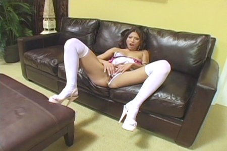 Solo Girl Jayna Oso Touches Herself On Leather Sofa