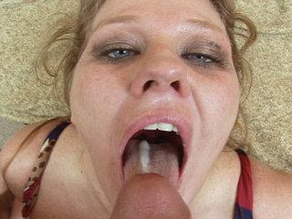 Cum Swallowing Slut - Amateur Cum Swallowing Slut Licks A Big Cock