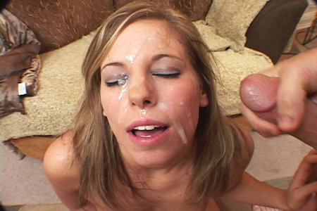 Perky babe Alexa Benson gets blowbanged before receiving hot bukkake facial