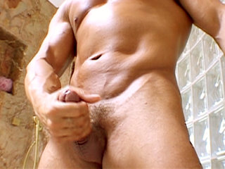 Gay Solo Masturbation : Its fun time in the Shower with musclebound stud Jordan Lane!