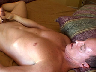 Gay Solo Masturbation : Jack jerks off his stiff dick in bed and gets closer to blowing his load!