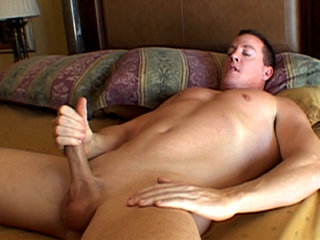 Gay Solo Masturbation : Jack whacks his huge meat stick in bed loves being watched!