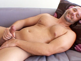 Gay Solo Masturbation : Bryan Baxton Jerks His cock Before Shooting His Hot Wad All Over His Own Stomach!