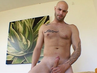Gay Solo Masturbation : Cyrus King tugs his boner and shoots sex cream on his stomach and chest!