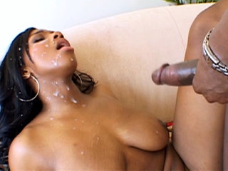 Interracial Porn : Black bitch Taylor Lane gets fucked hard by Lexington Steele!