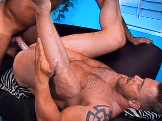 Gay Mature Men : Eric Yorks tight ass getting slammed hard by Tom Colt!