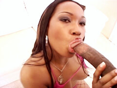 Angel eyes blows black penish. Angel Eyes blows black cock before getting her tight bubble anus slammed from behind