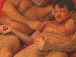 Gay Mature Men : Studball Andrew Addams gets fucked hard by Muscle Mike!