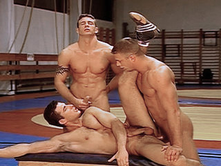 Gay Big Dick : Wrestlers get privately coached before getting fucked by their coach!