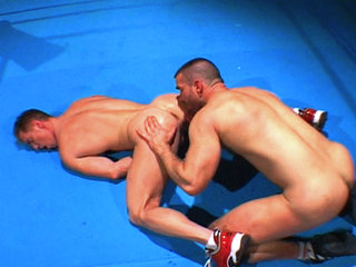Gay Big Dick : Boxing jocks get innocent in the ring before blowing cum on each other!