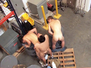 Gay Twinks Sex : gay boy 3some action in warehouse with Jesse Jacobs, Nevin Scoot and Kameron Scott!