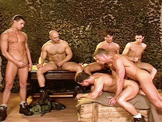Gay Big Dick : Muscular mans play with cocks before taking them up the ass and in their mouths!