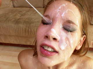 Facial Cumshot : Rebecca Riley gets blow banged by multiple hard cocks before bukkake cum on face!