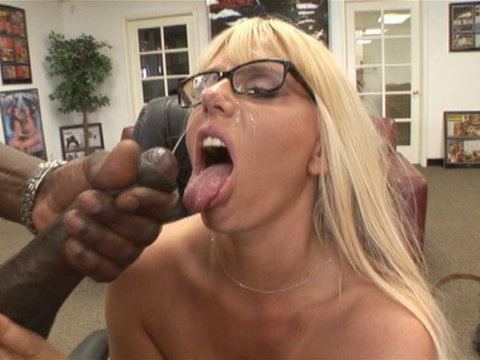 Samantha Silver sex and facial